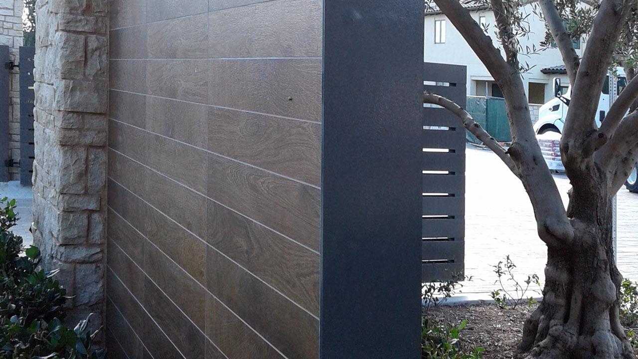 Iron Gates Greenfield Fence Inc